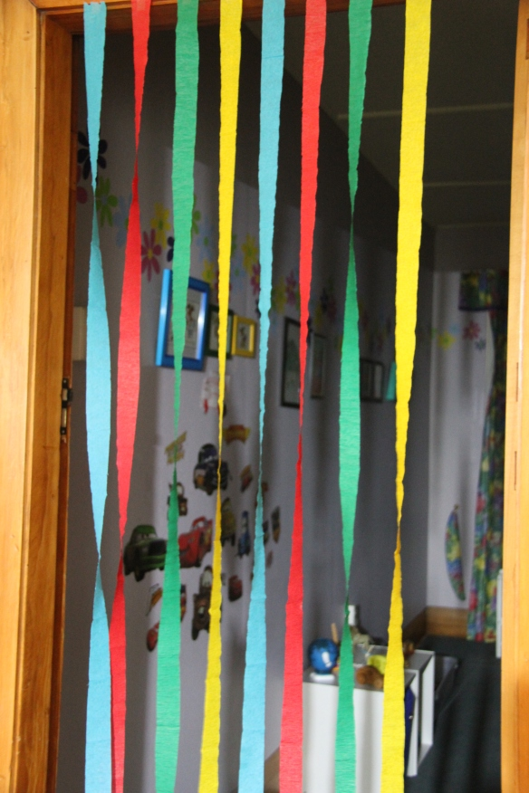 Streamer curtain